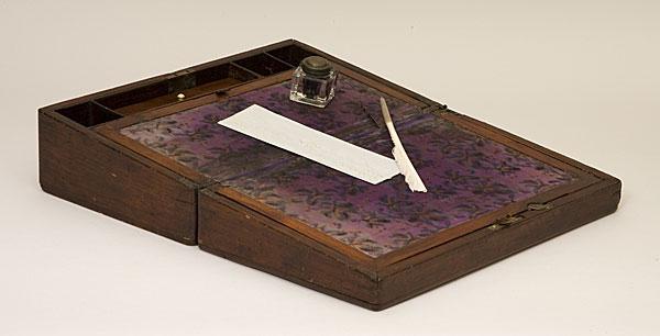 Abraham Lincoln S Portable Writing Desk